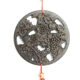 葡萄茶雕挂件,独具特色的普洱茶工艺品礼品